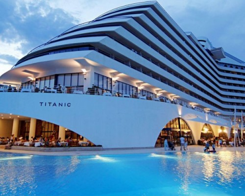 TITANIC BEACH LARA RESORT 5*